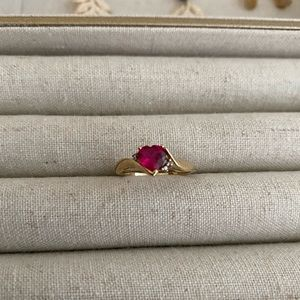 Jewelry - Beautiful heart shaped ruby ring (size 7) 10k gold